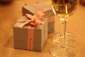 クリスマスプレゼントとレストラン