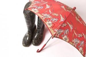 傘とレインブーツ